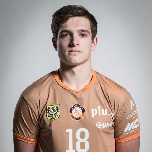 18 – Bartosz Makoś