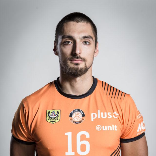 16 – Piotr Hain