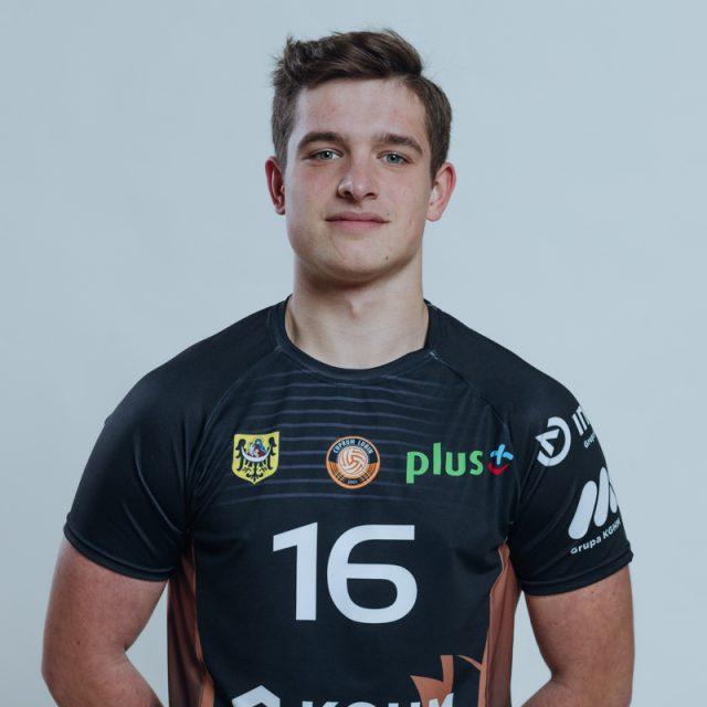 16 – Bartosz Makoś
