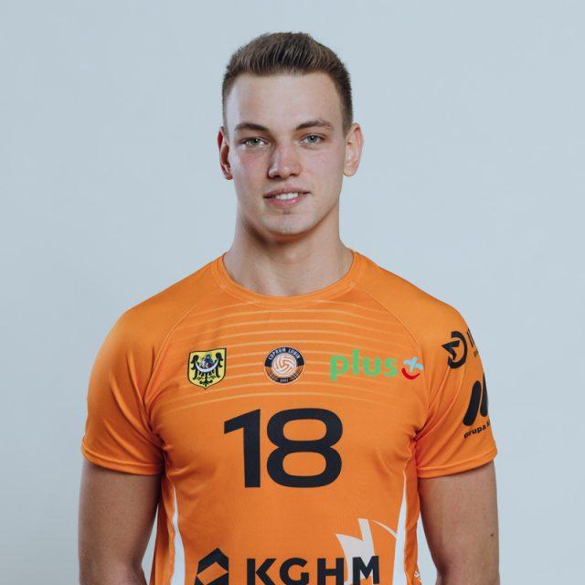 18 – Damian Domagała
