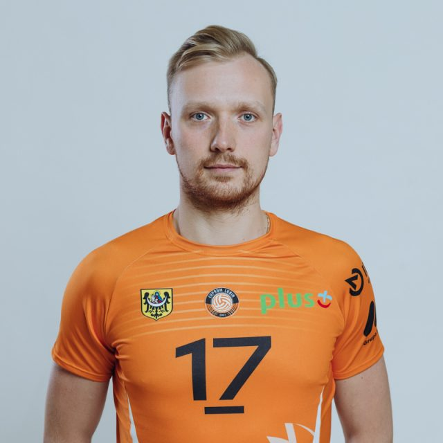17 – Mateusz Sacharewicz